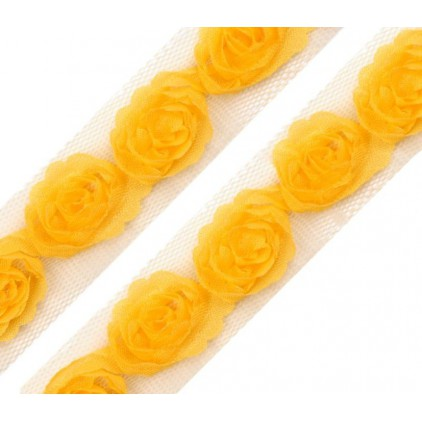 Roses on tulle - yellow