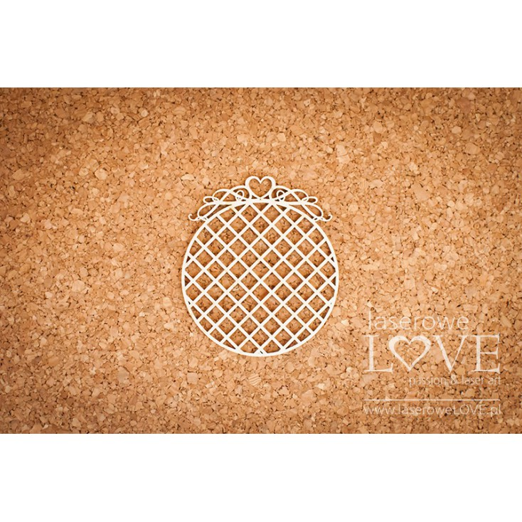 Laser LOVE - cardboard round frame with a heart in the net - Phrase