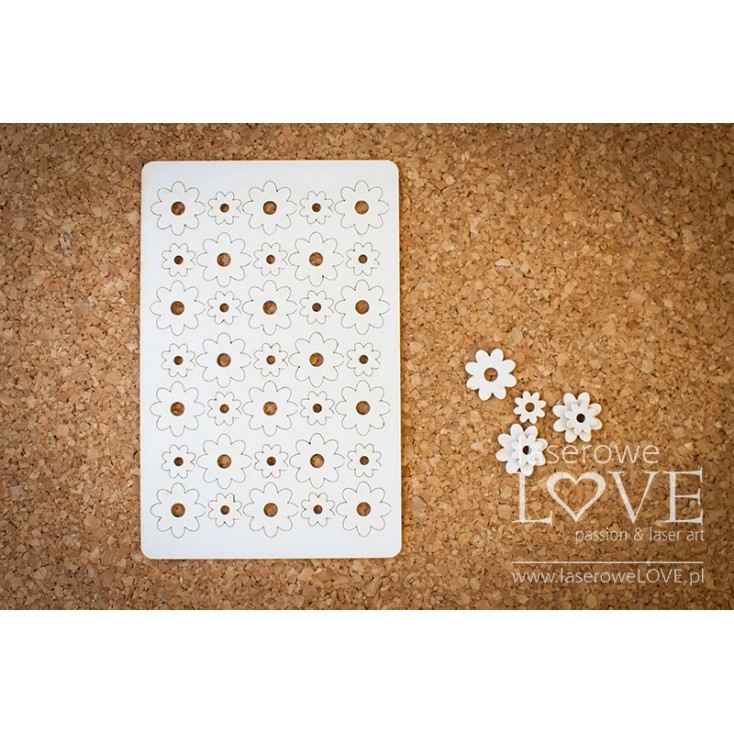 Laser LOVE - cardboard flowers set