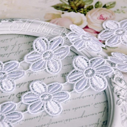 Guipure lace flowers - widh 4,5cm - white - 1 meter
