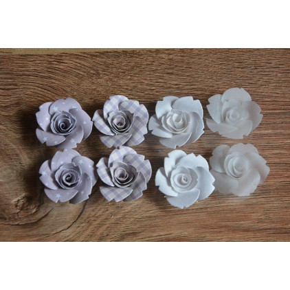 A set of paper flowers - mix of colours 94 - 8 pieces