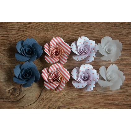 A set of paper flowers - mix of colours 127 - 8 pieces
