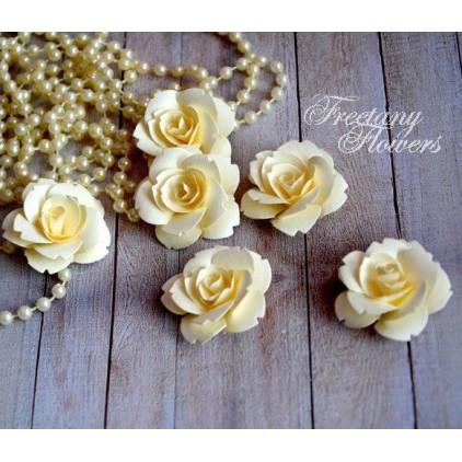 Zestaw papierowych kwiatów -kremowe 160402 - 6 sztuk