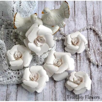 Zestaw papierowych kwiatów - białe 170121 - 6 sztuk