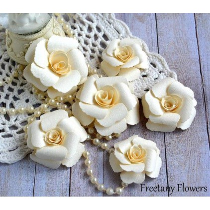 A set of paper flowers - cream -170122  - 6 pieces