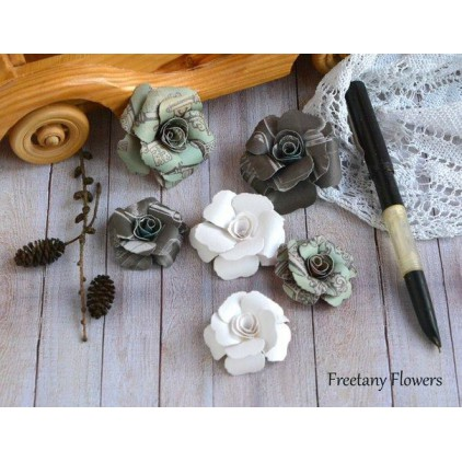A set of paper flowers - mix of colours 170123 - 6 pieces