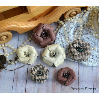 A set of paper flowers - mix of colours 170124 - 6 pieces