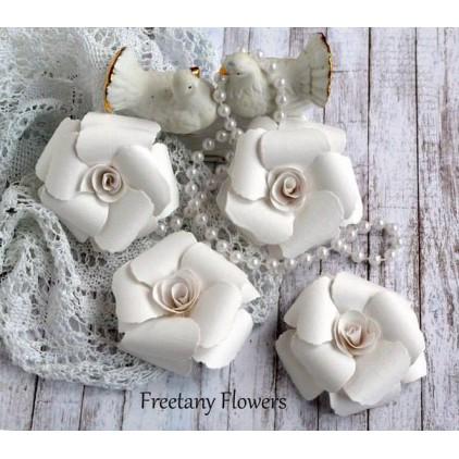 Zestaw papierowych kwiatów - białe- 170133- 4 sztuki