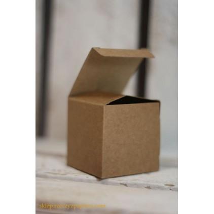 Pudełko na upominki kraft 5x5x5 - Rzeczy z Papieru