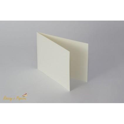 Baza do kartki pionowa C6- kremowa - Rzeczy z Papieru