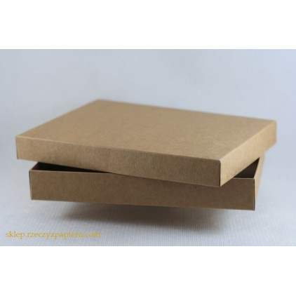 A box for a card C6 full, low - 12,4x17,2x2,5 kraft - Rzeczy z Papieru