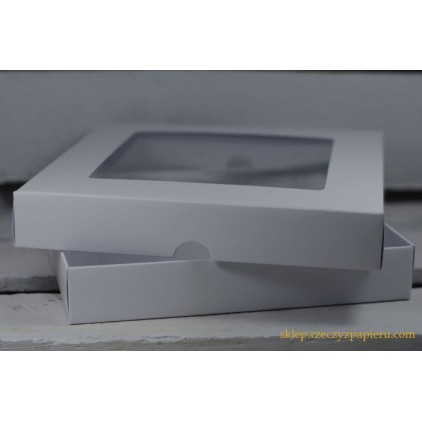A box for card with a window, low , square- 15x15x2,5  white - Rzeczy z Papieru