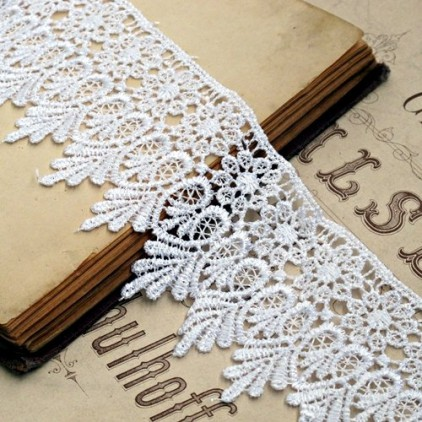 Guipure lace - wide - white - 1 meter