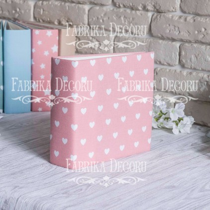 Baza albumowa kwadratowa- materiał -Hearts on pink- 20x20x7 cm - Fabrika Decoru