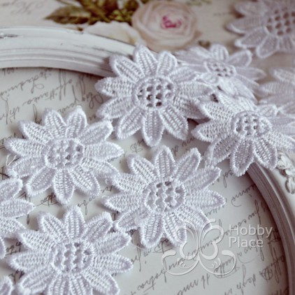 Guipure lace flowers - widh 50mm - white - 1 meter