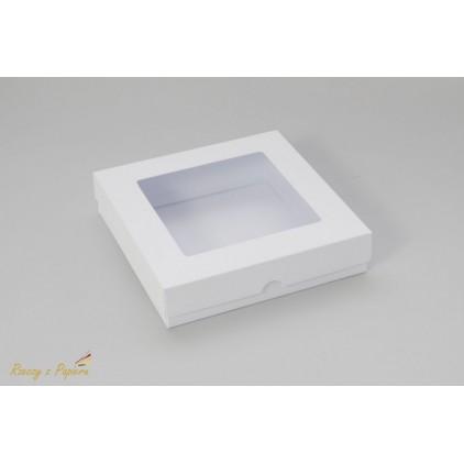 Pudełko na kartkę z okienkiem, wysokie kwadratowe 15x15x3,5  białe - Rzeczy z Papieru