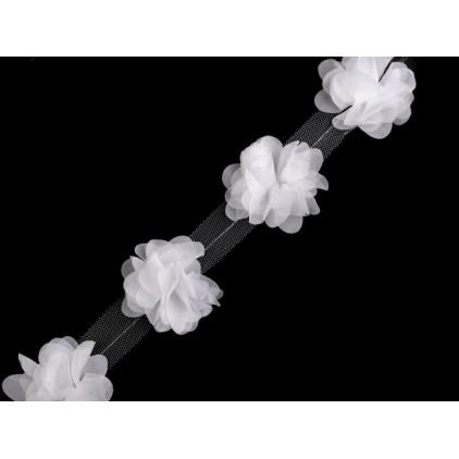Kwiaty na tiulu 690- biały
