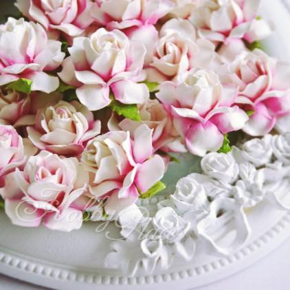 Cieniowane różowe papierowe róże - zestaw 50 sztuk