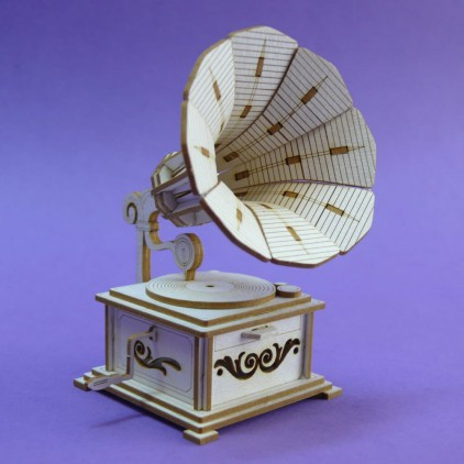 1335 - Laser cut, chipboard gramophone- Crafty Moly