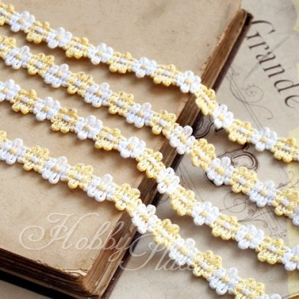 Decorative lace trim - white-vanilla - 1 meter