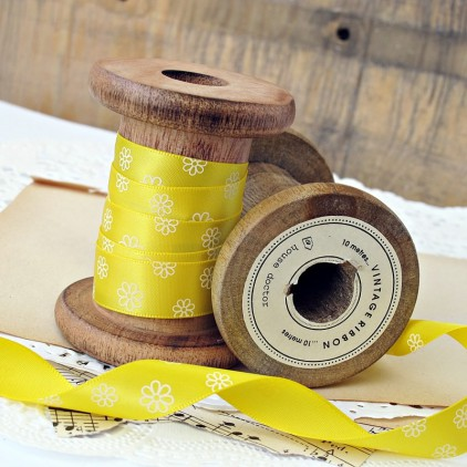 yellow ribbon with daisies- 1m satin ribbon