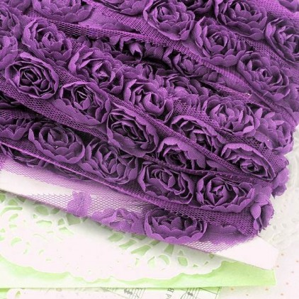 Roses on tulle - violet