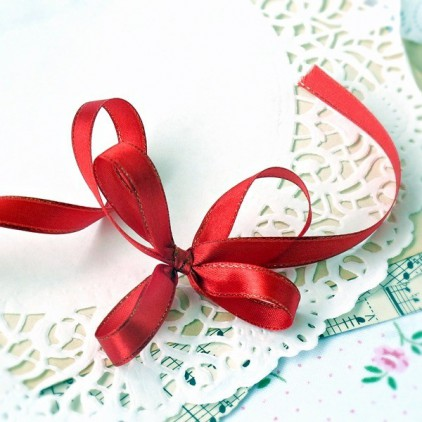 Satin ribbon - 1 meter - red with gold thread
