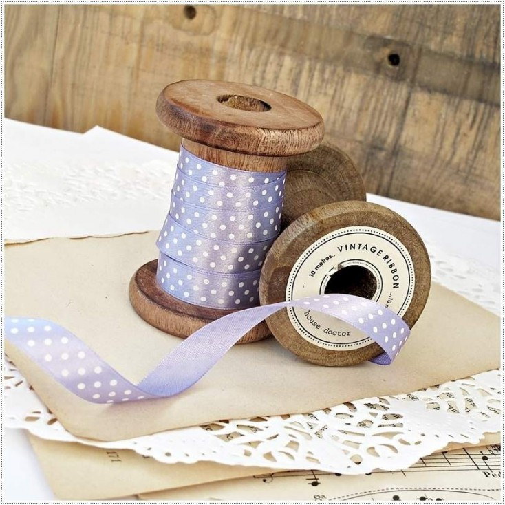 Satin ribbon - 1 meter - lilac with white dots